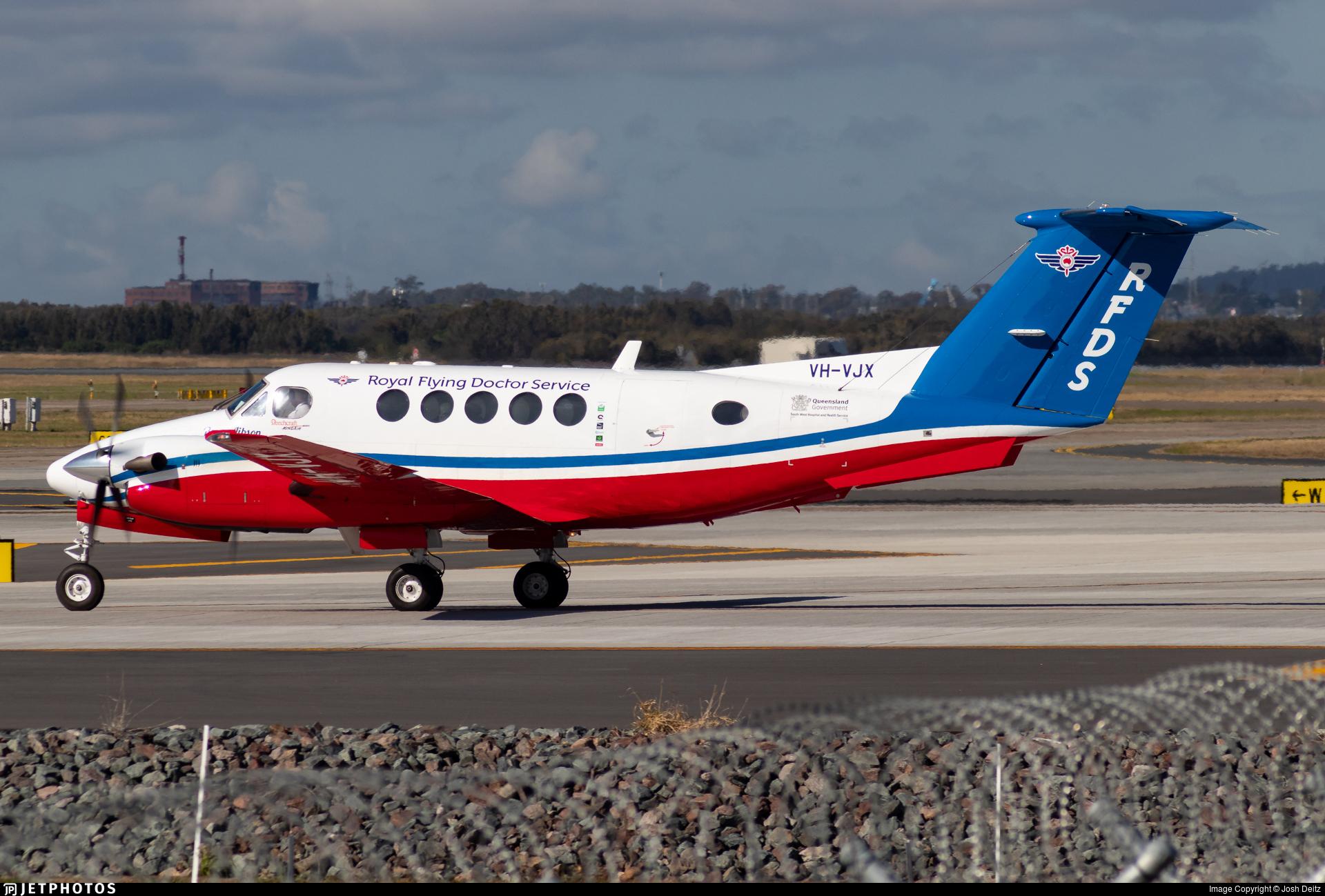 VH-VJX - Beechcraft 200 Super King Air - Royal Flying Doctor Service of Australia (Queensland Section)