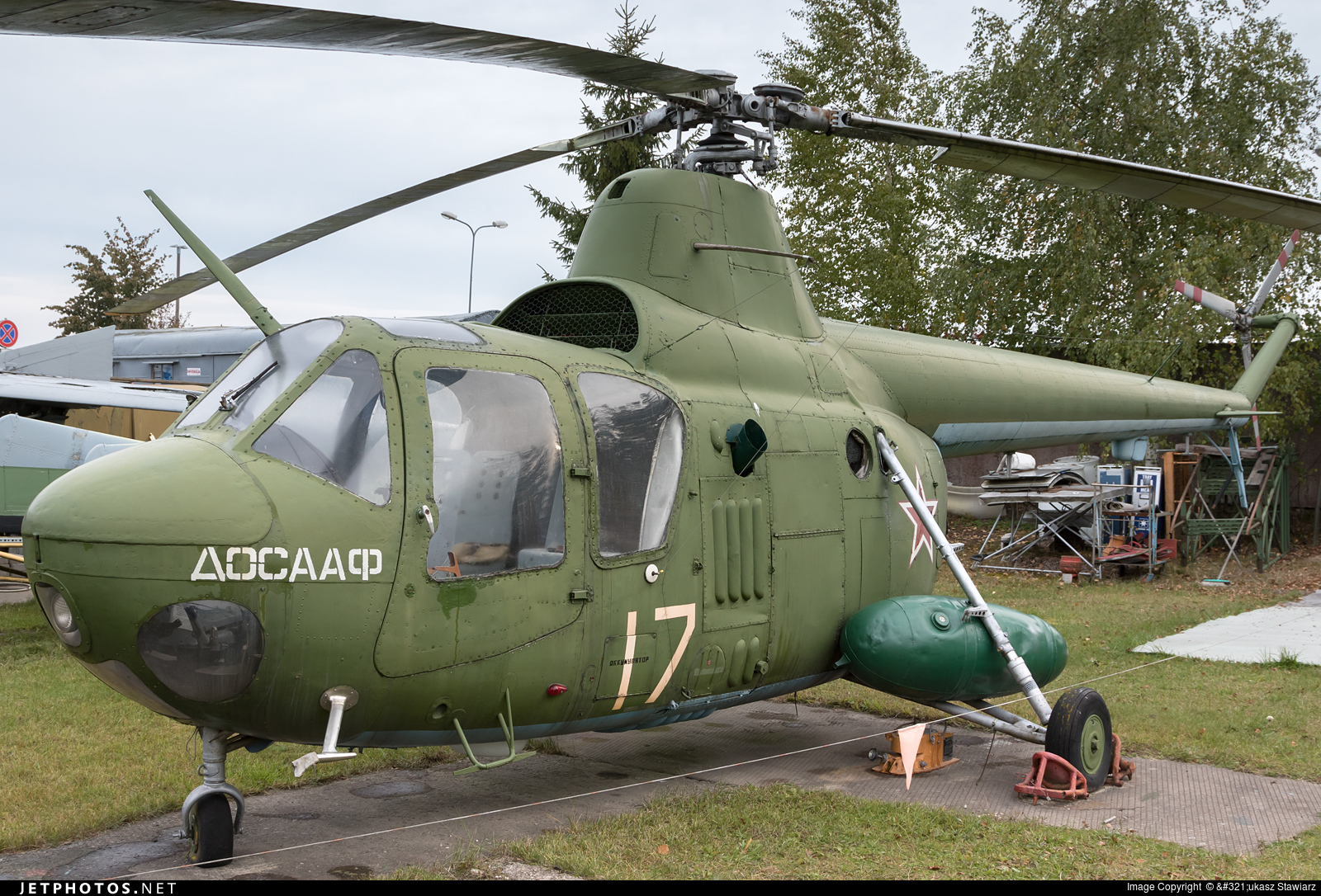 17 - Mil Mi-1 Hare - Russia - Air Force
