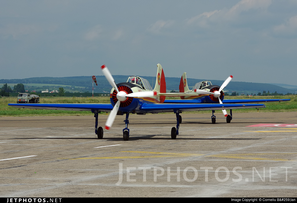24 - Aerostar Bacau Iak-52 - Romania - Air Force