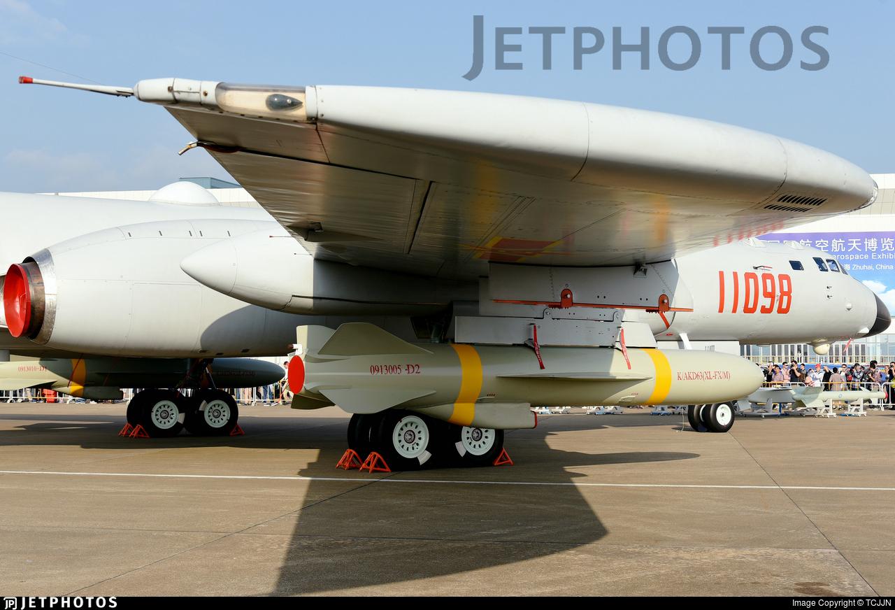 11098 - Xian H-6K - China - Air Force