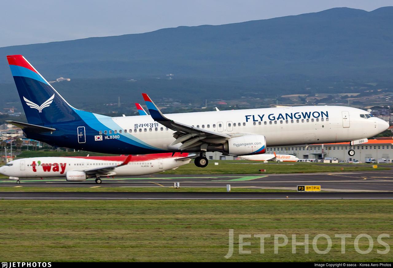 HL8380 - Boeing 737-8JP - Fly Gangwon