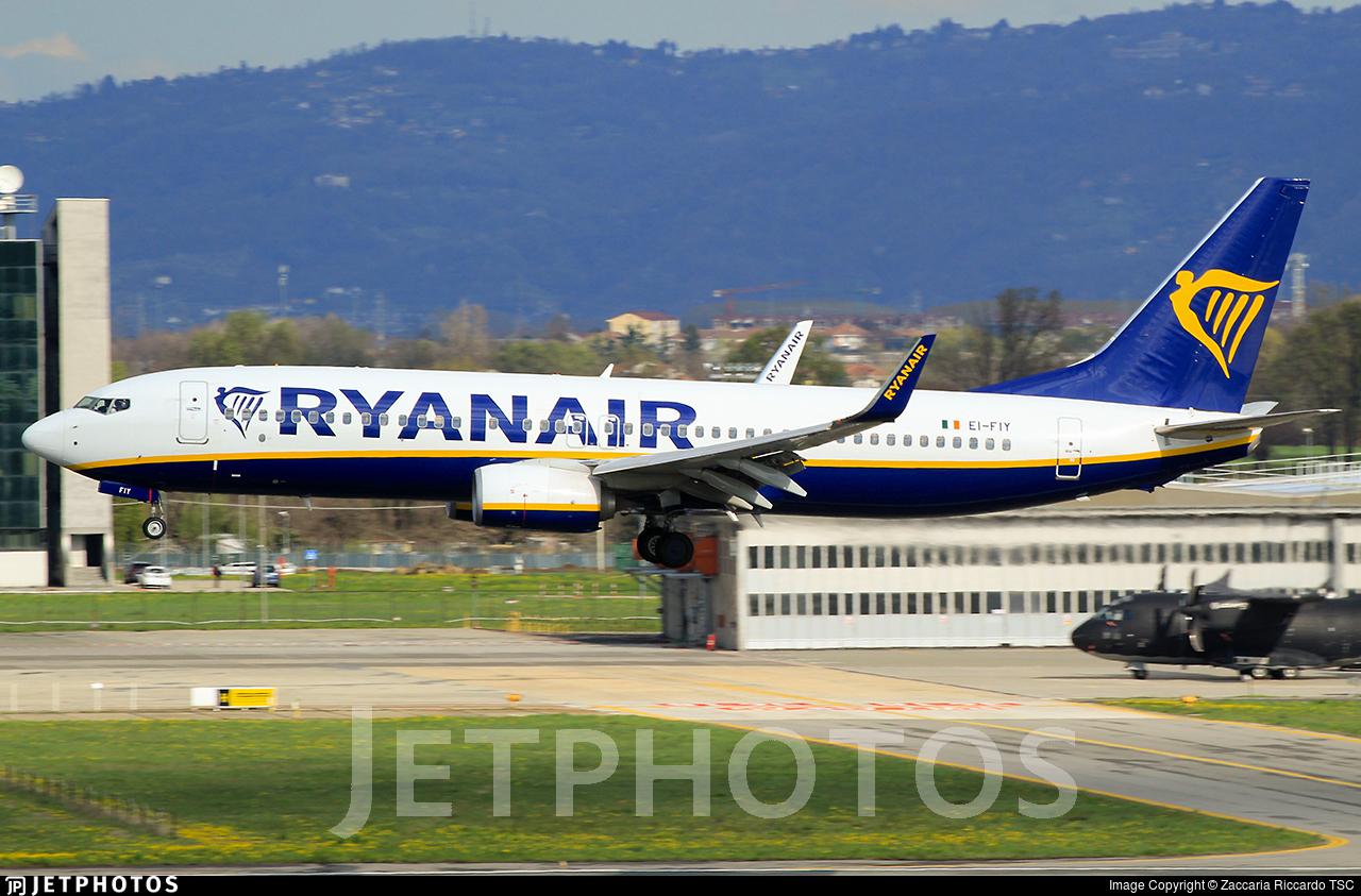 EI-FIY - Boeing 737-8AS - Ryanair