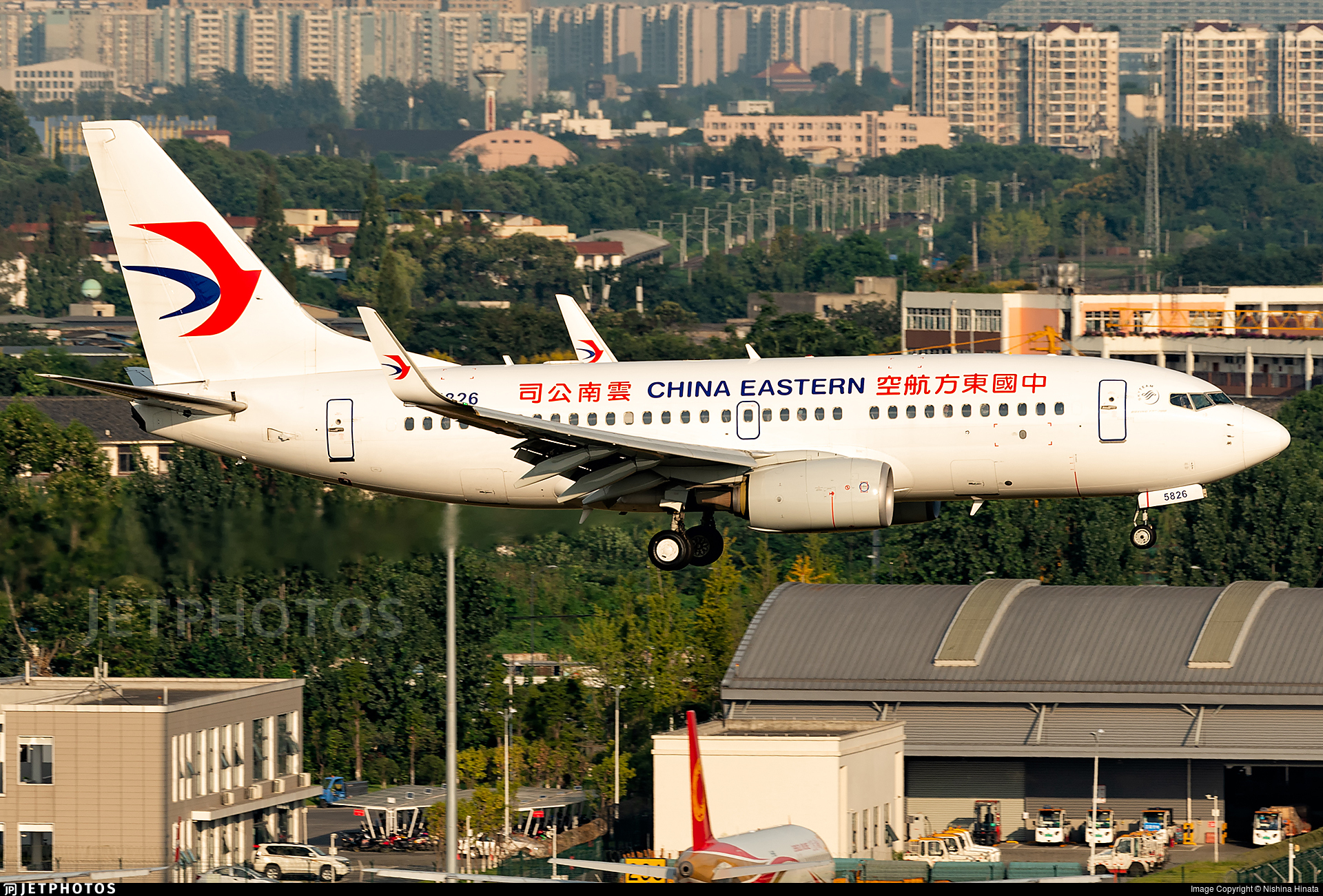 B-5826 - Boeing 737-79P - China Eastern Airlines