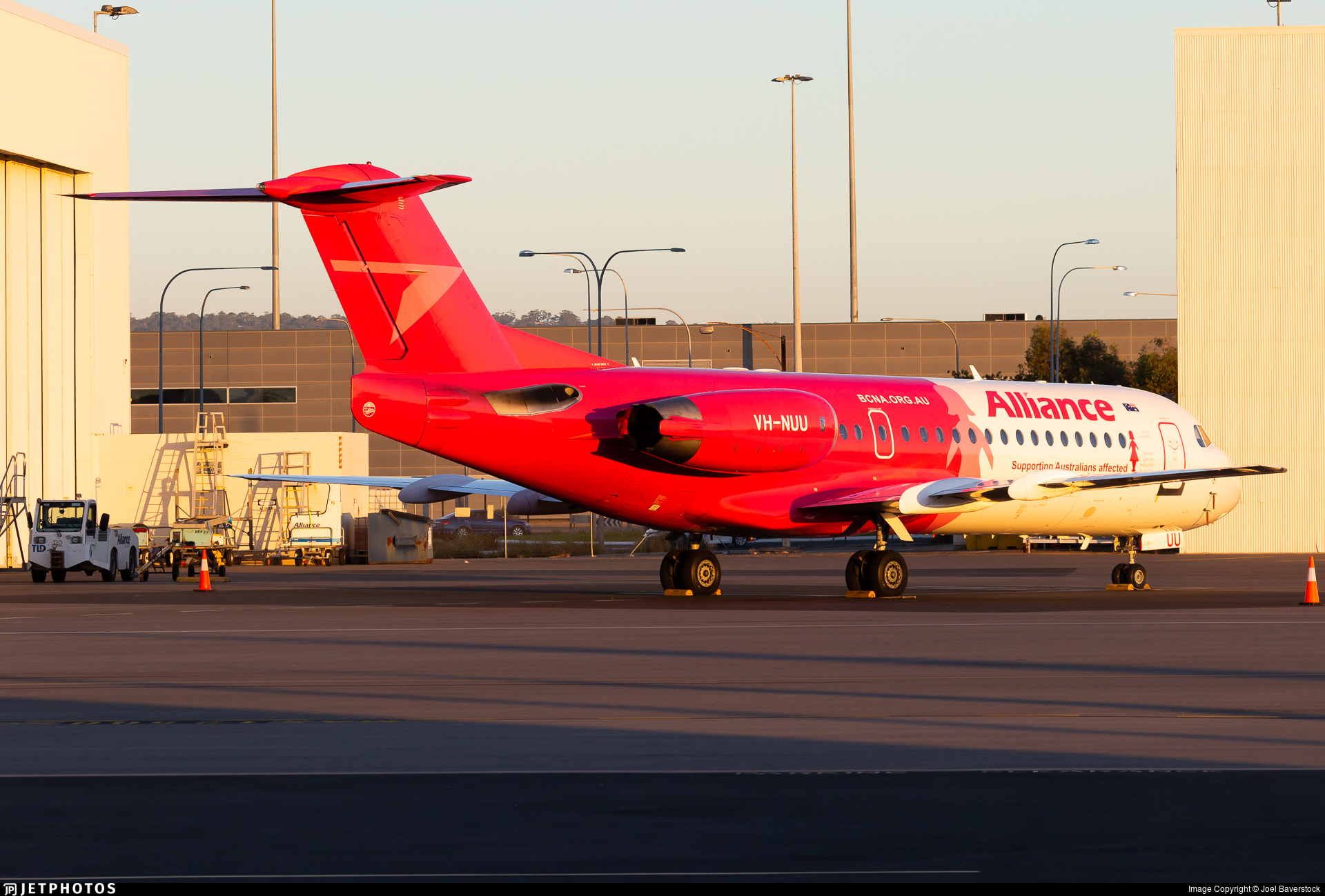 VH-NUU - Fokker 70 - Alliance Airlines