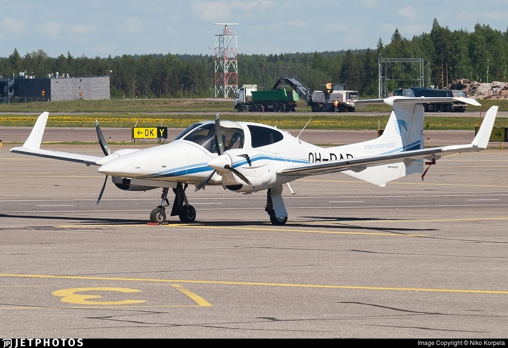 OH-DAD - Diamond DA-42 NG Twin Star - Finnish Aviation Academy