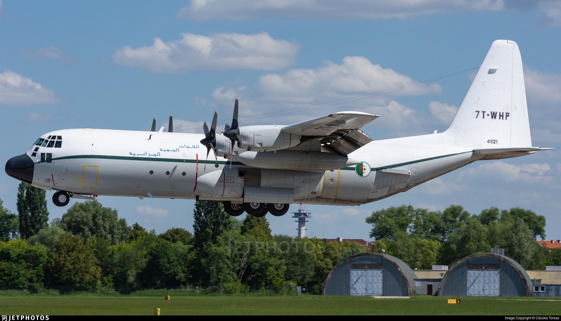 7T-WHP - Lockheed C-130H-30 Hercules - Algeria - Air Force