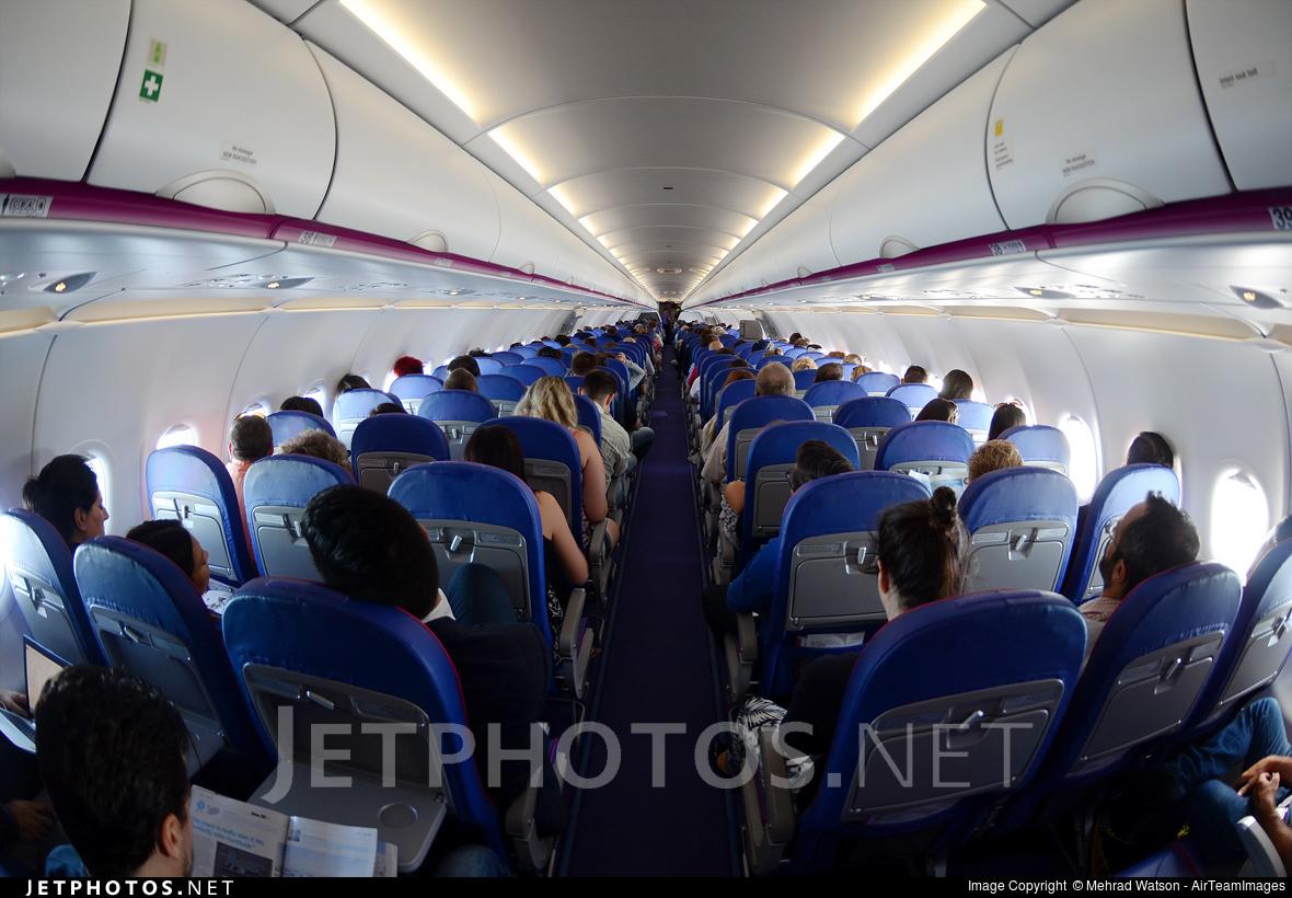 Ha Lxg Airbus A321 231 Wizz Air Mehrad Watson Jetphotos