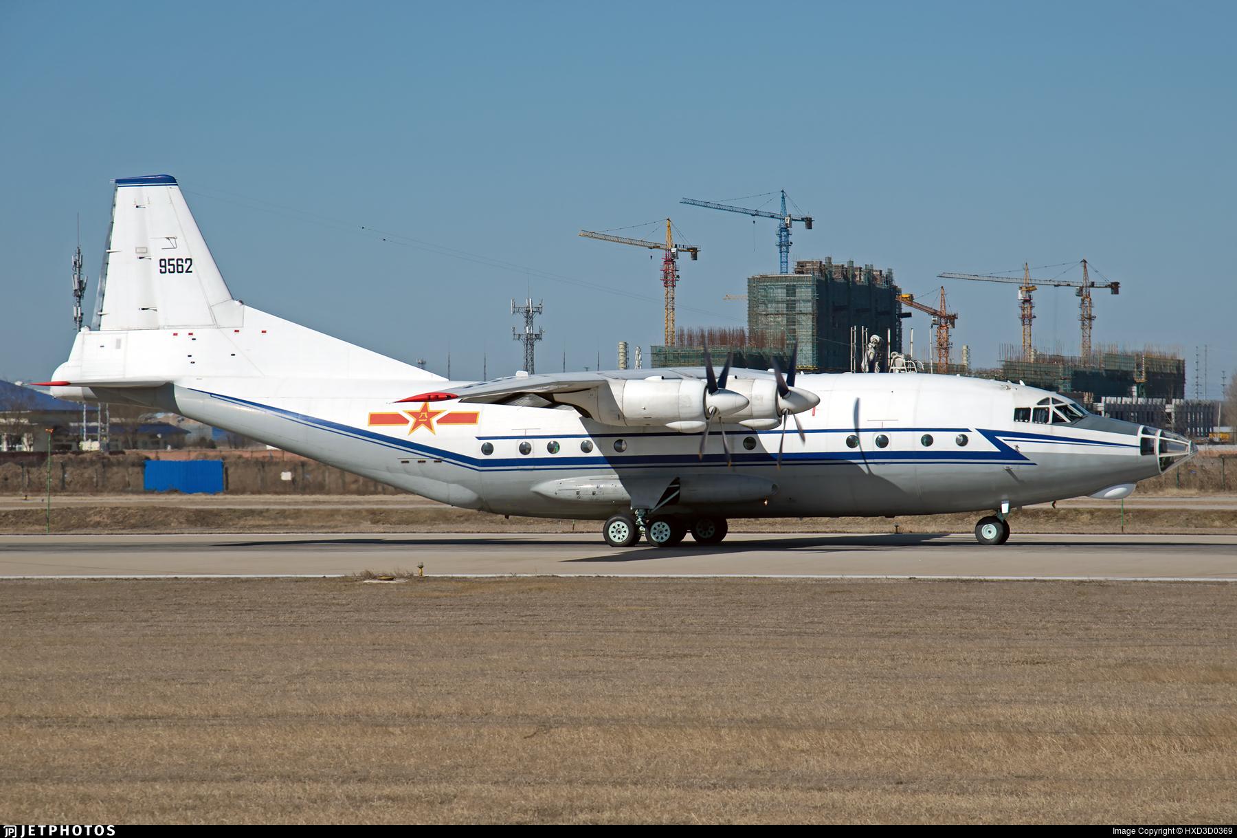 9562 - Shaanxi Y-8C - China - Navy
