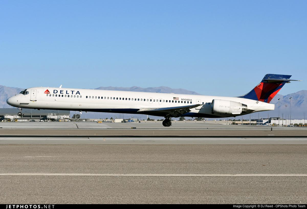 N908DA | McDonnell Douglas MD-90-30 | Delta Air Lines ...