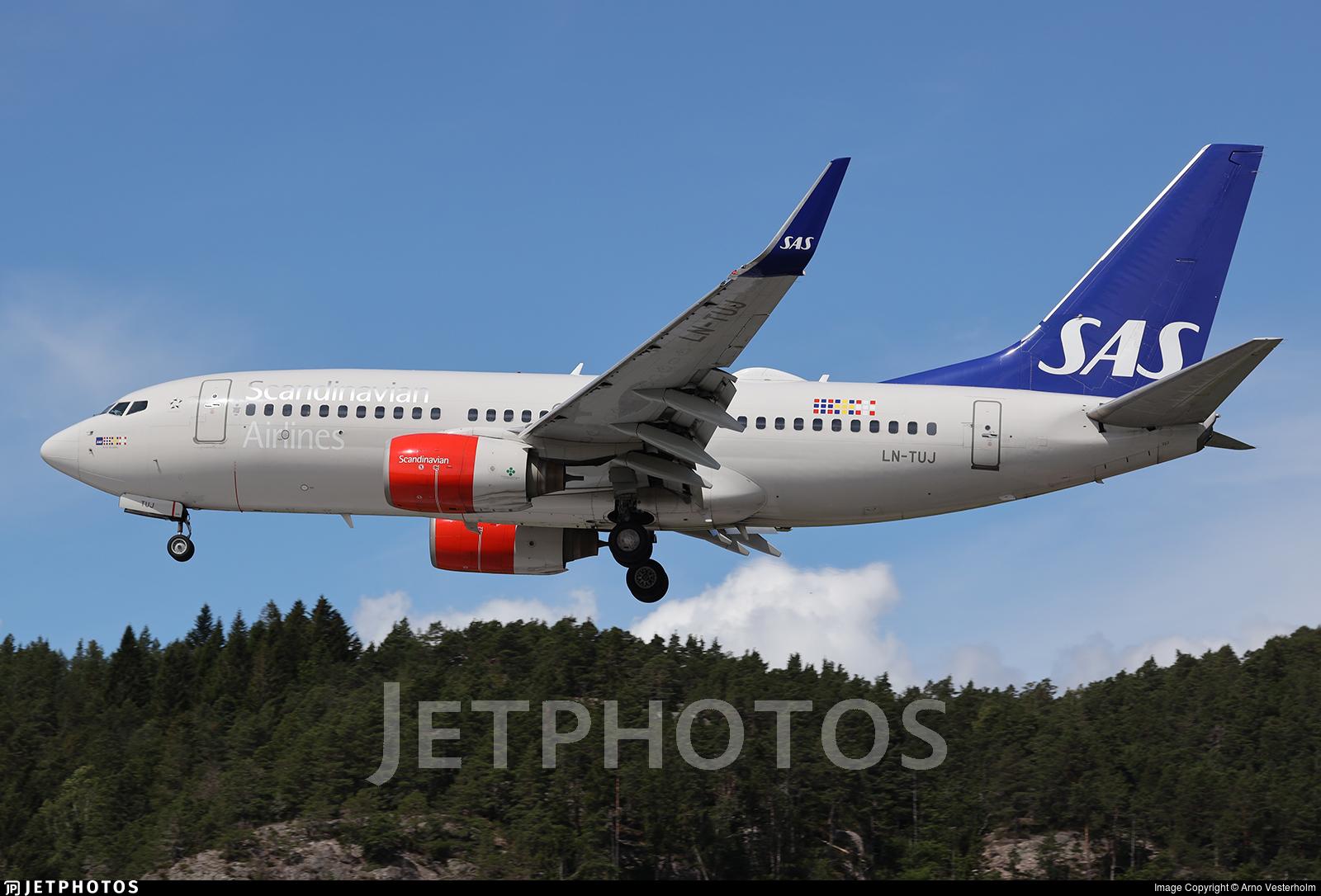 LN-TUJ - Boeing 737-705 - Scandinavian Airlines (SAS)