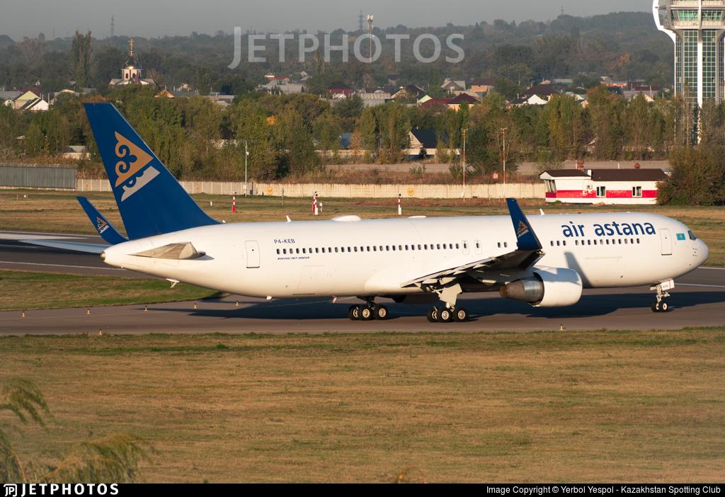 P4-KEB - Boeing 767-3KY(ER) - Air Astana
