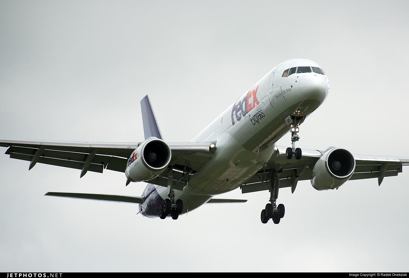 N958FD - Boeing 757-236(SF) - FedEx