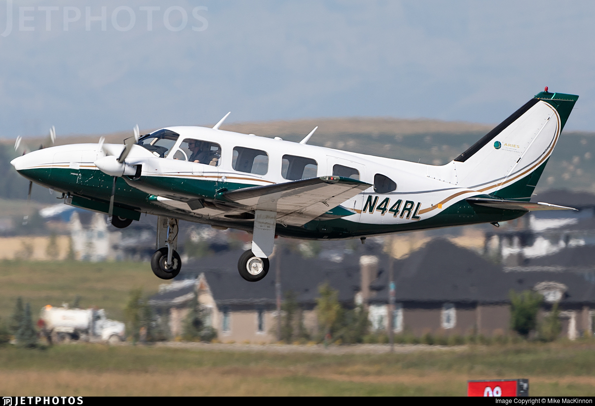 N44RL - Piper PA-31-310 Navajo B - Private