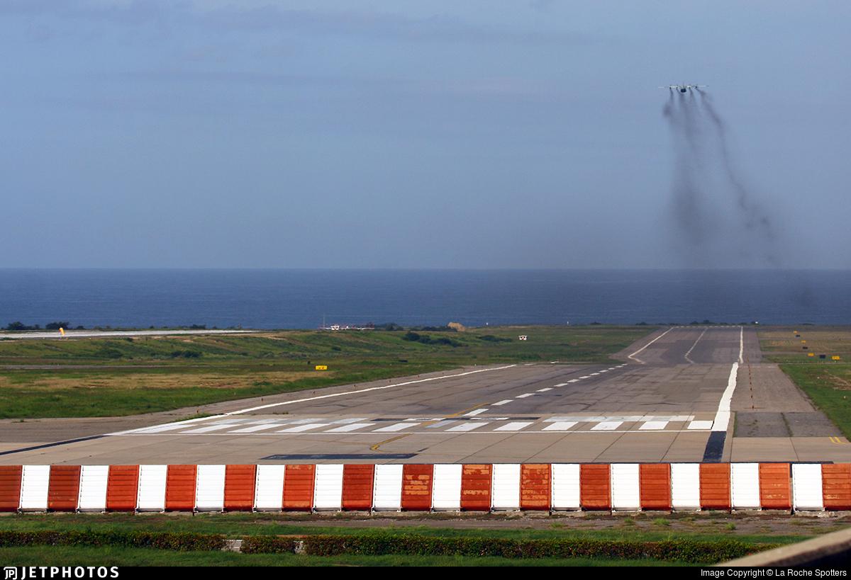 SVMI - Airport - Runway