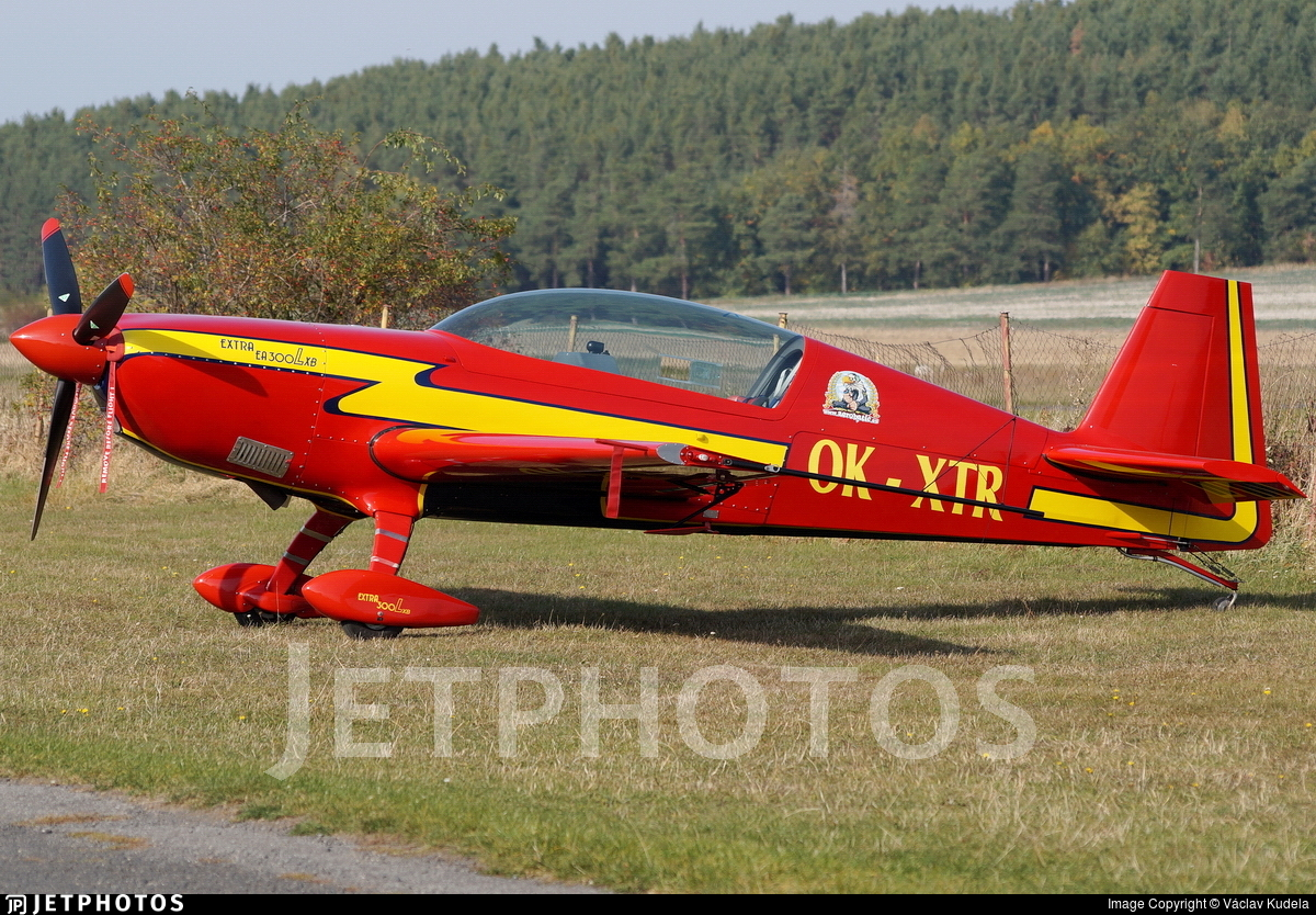 OK-XTR - Extra EA 300L - Private