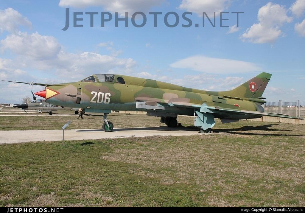 206 - Sukhoi Su-22UM3K Fitter G - Bulgaria - Air Force