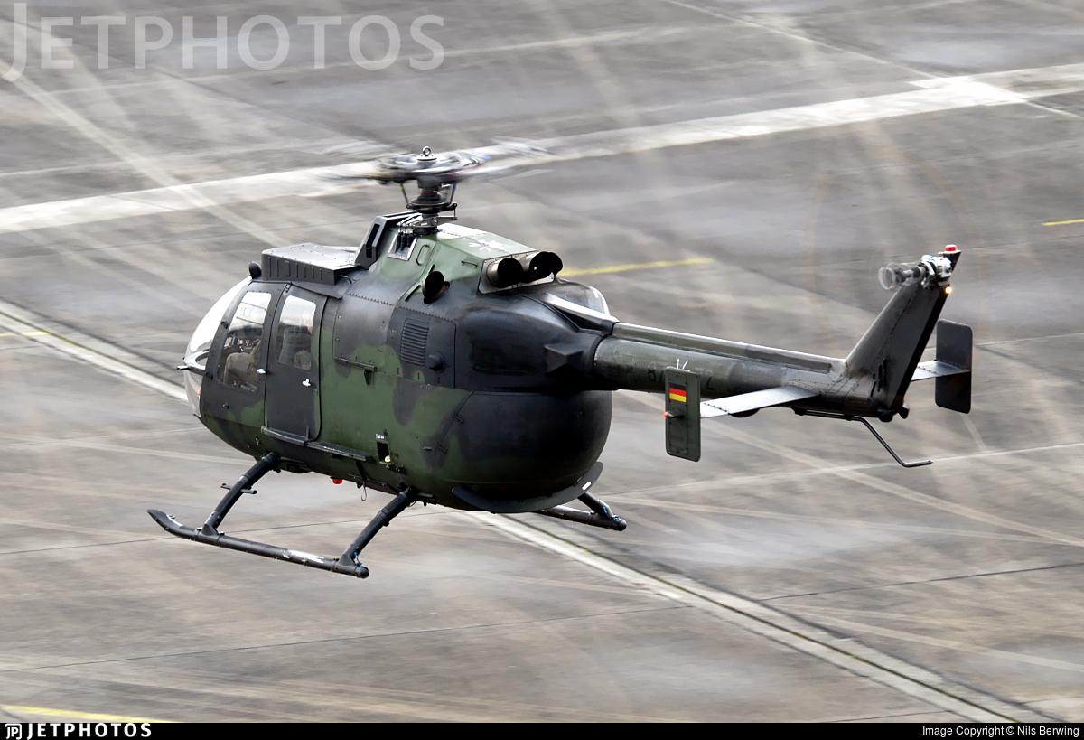 87-72 - MBB Bo105P1 - Germany - Army