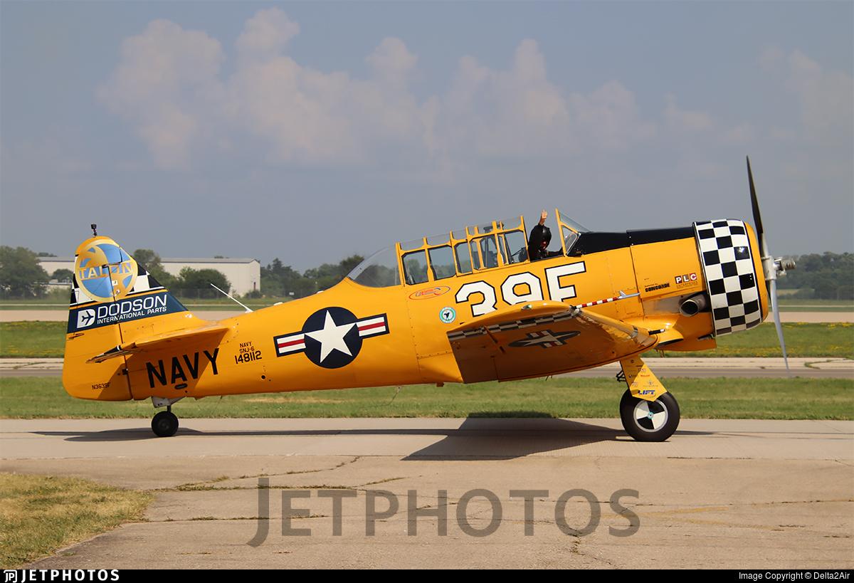 N3639F - North American SNJ-6 Texan - Private
