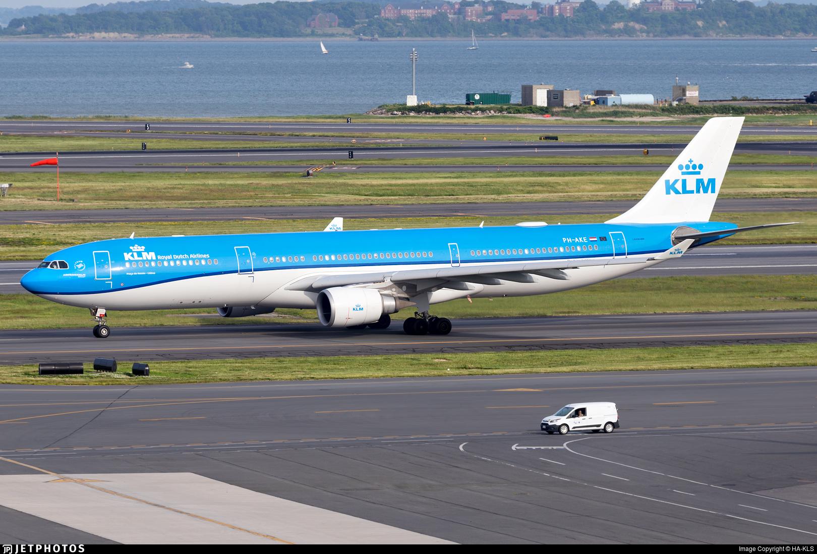 PH-AKE - Airbus A330-303 - KLM Royal Dutch Airlines