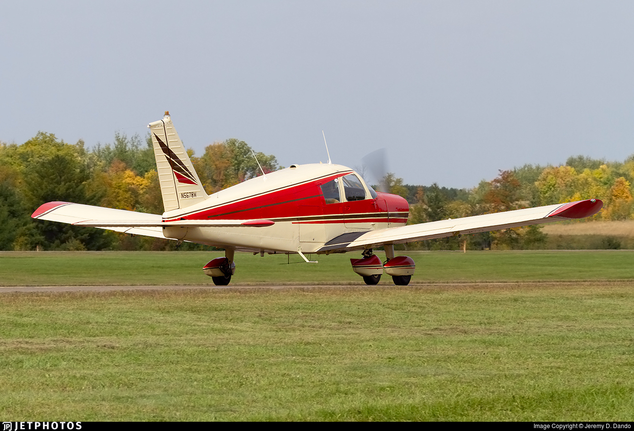 N5678W - Piper PA-28-160 Cherokee - Private