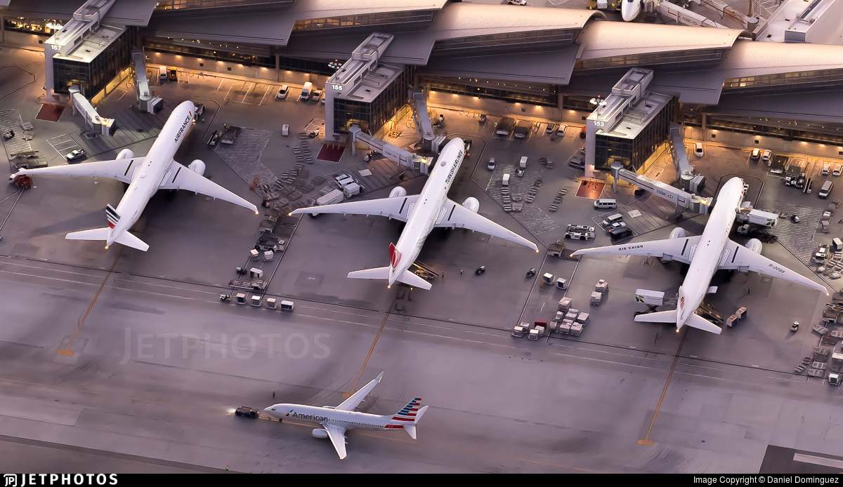 KLAX - Airport - Ramp
