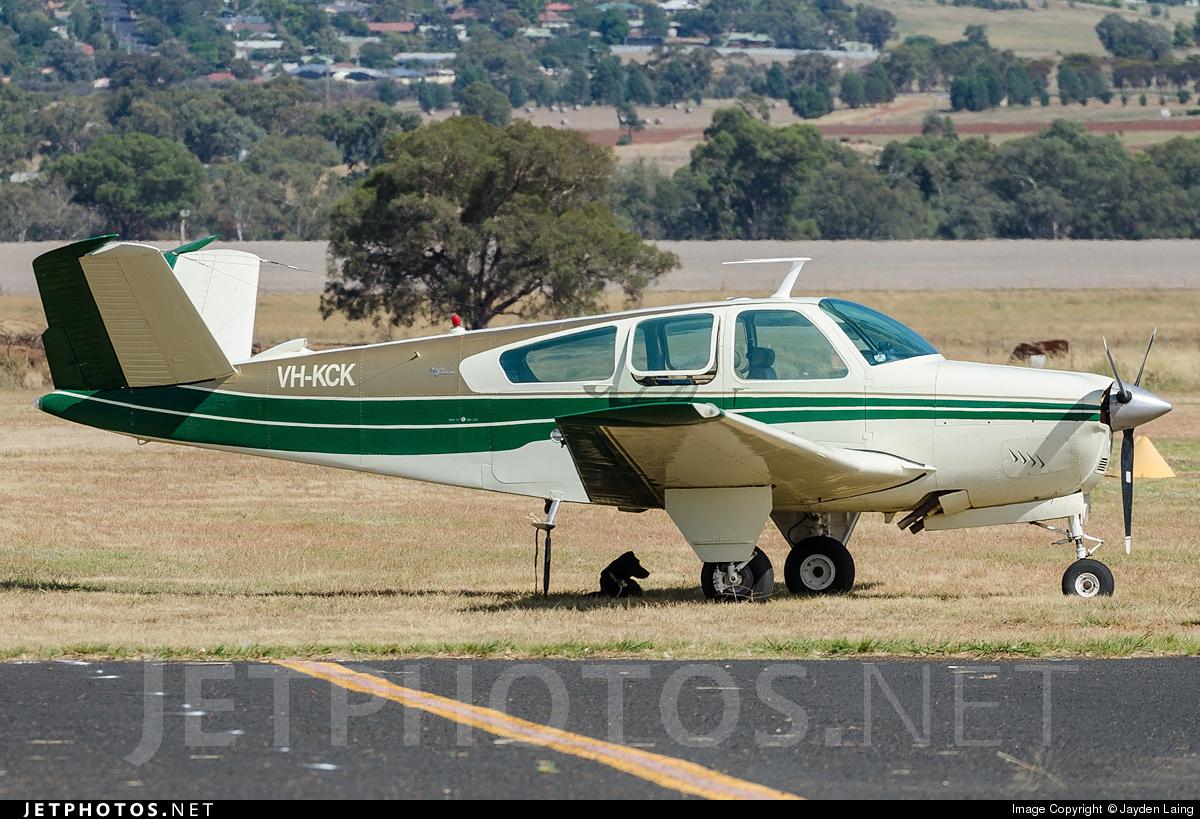 VH-KCK - Beechcraft V35 Bonanza - Private