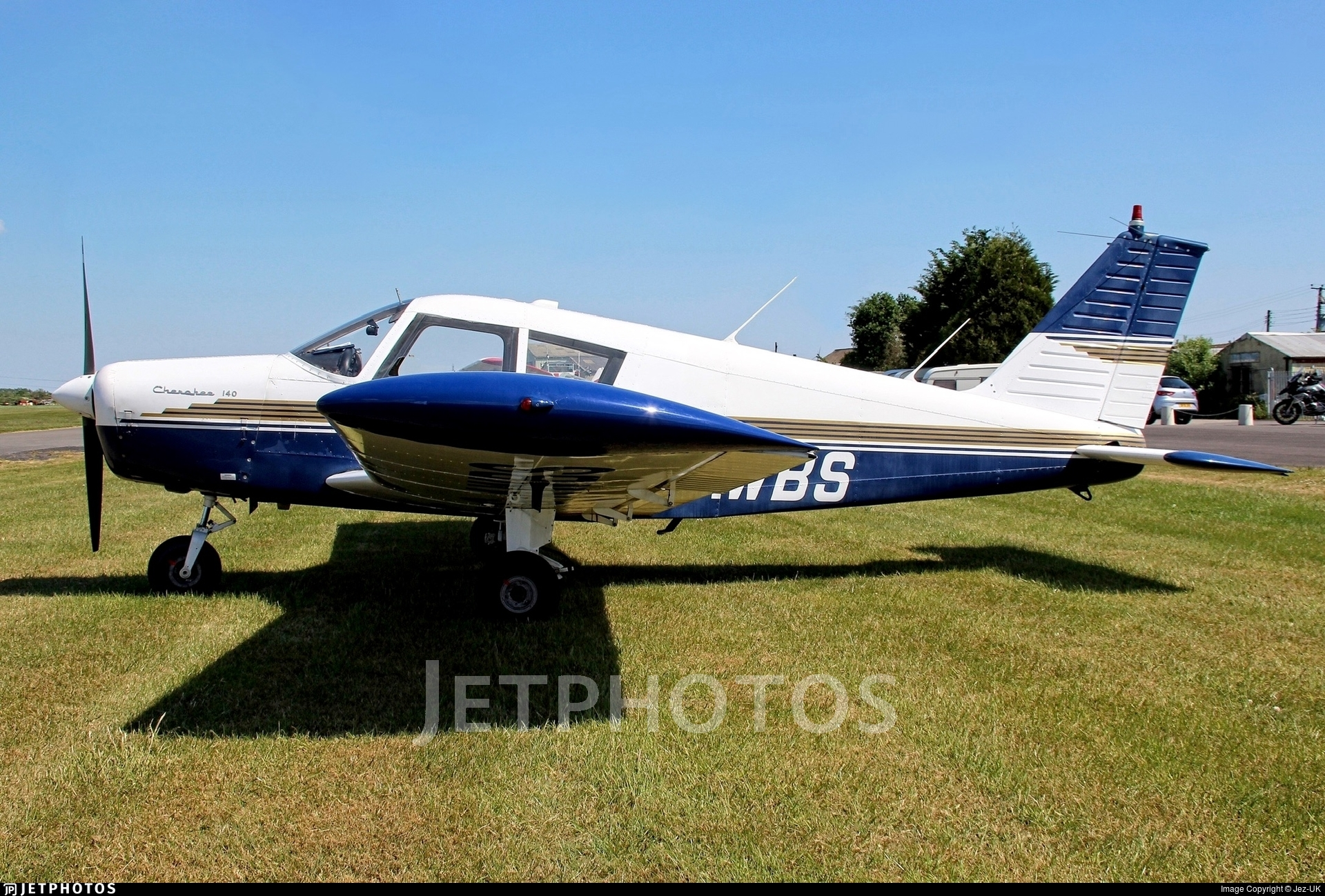 G-AWBS - Piper PA-28-140 Cherokee - Private