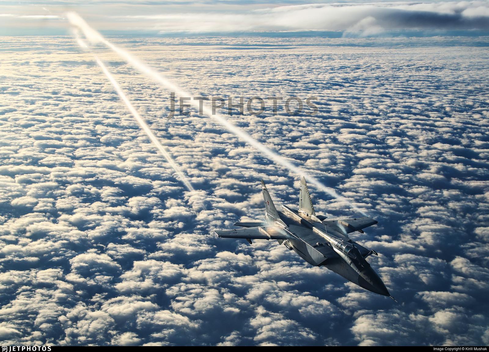 RF-95458 - Mikoyan-Gurevich MiG-31BM Foxhound - Russia - Air Force