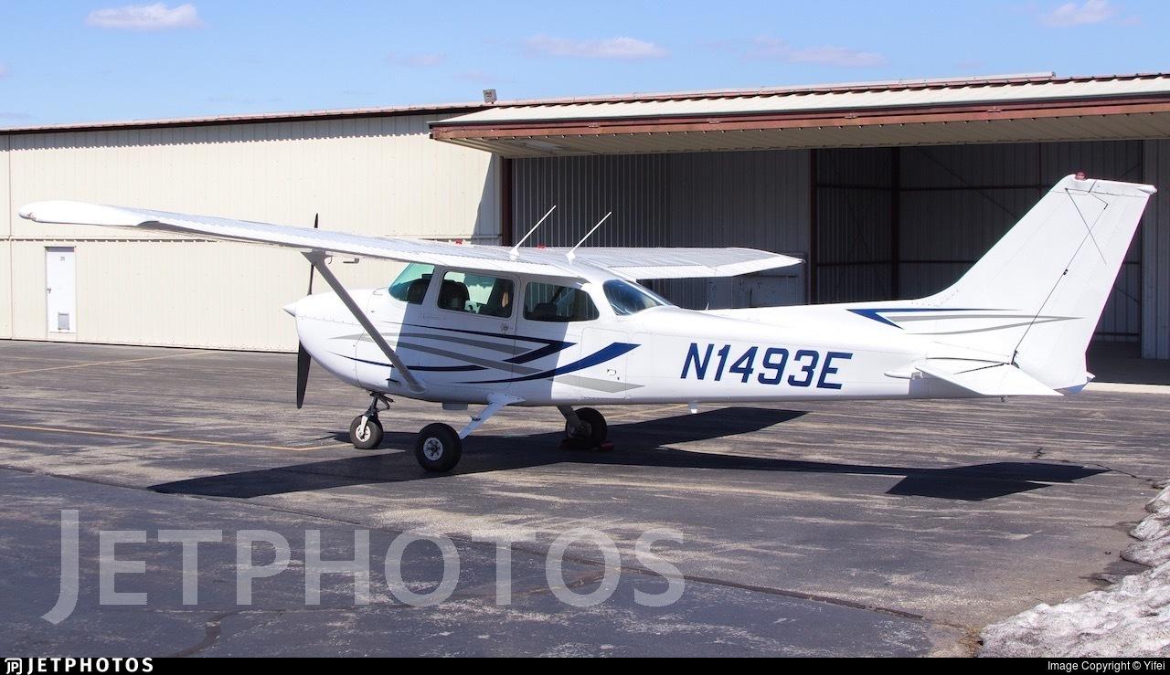 N1493E - Cessna 172N Skyhawk - Private
