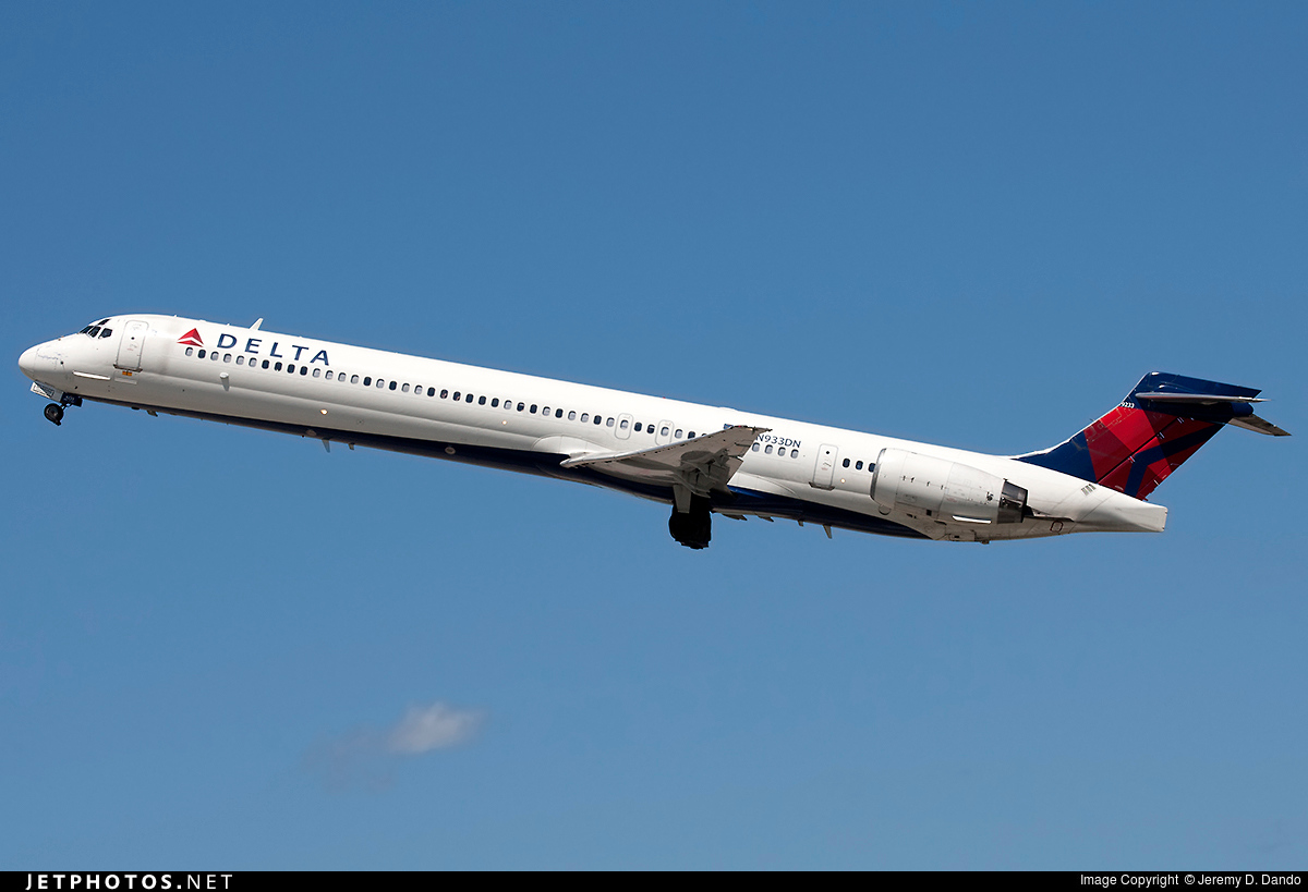 N933DN | McDonnell Douglas MD-90-30 | Delta Air Lines ...