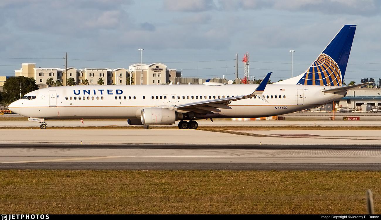N75410 - Boeing 737-924 - United Airlines