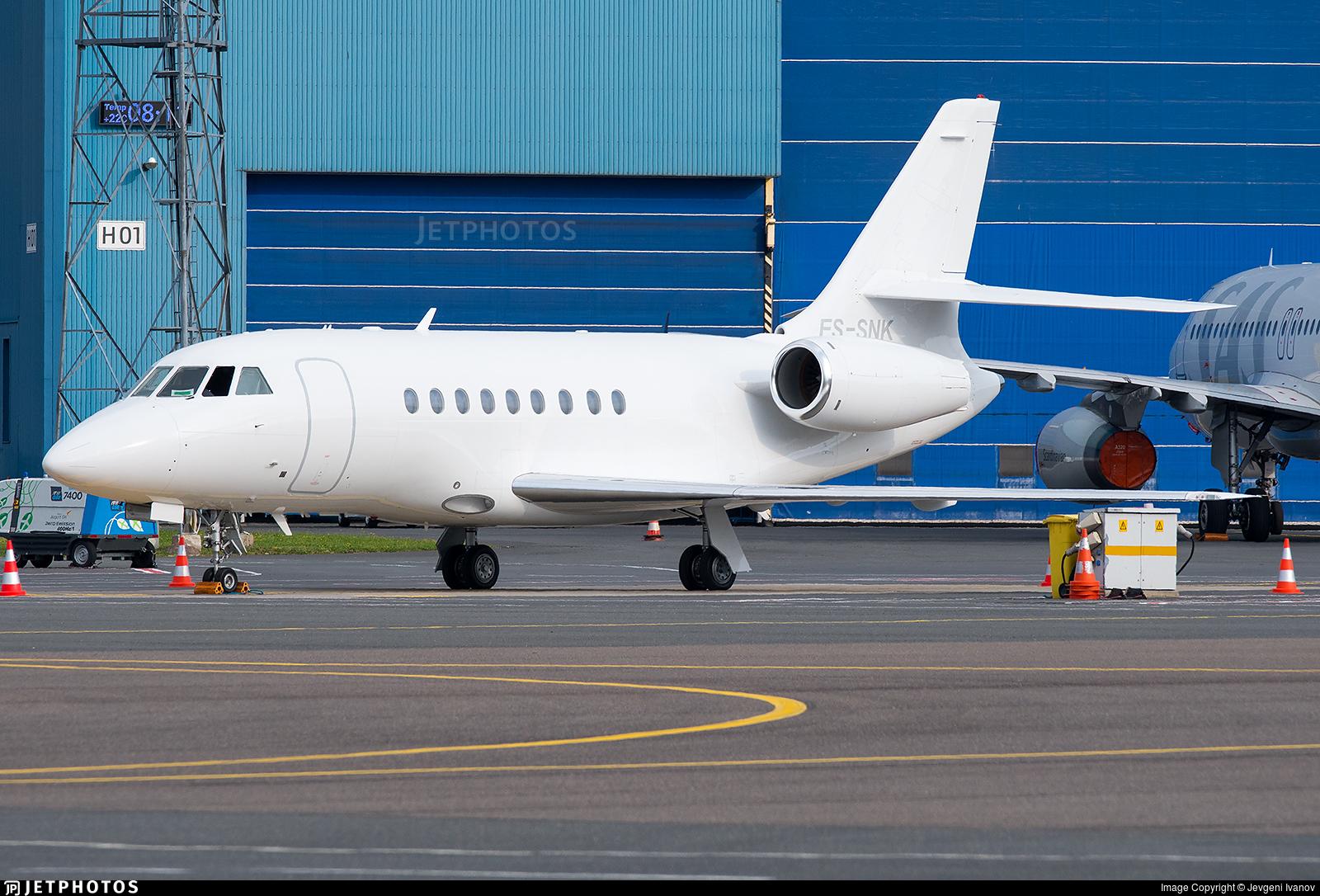 ES-SNK - Dassault Falcon 2000LX - Fort Aero