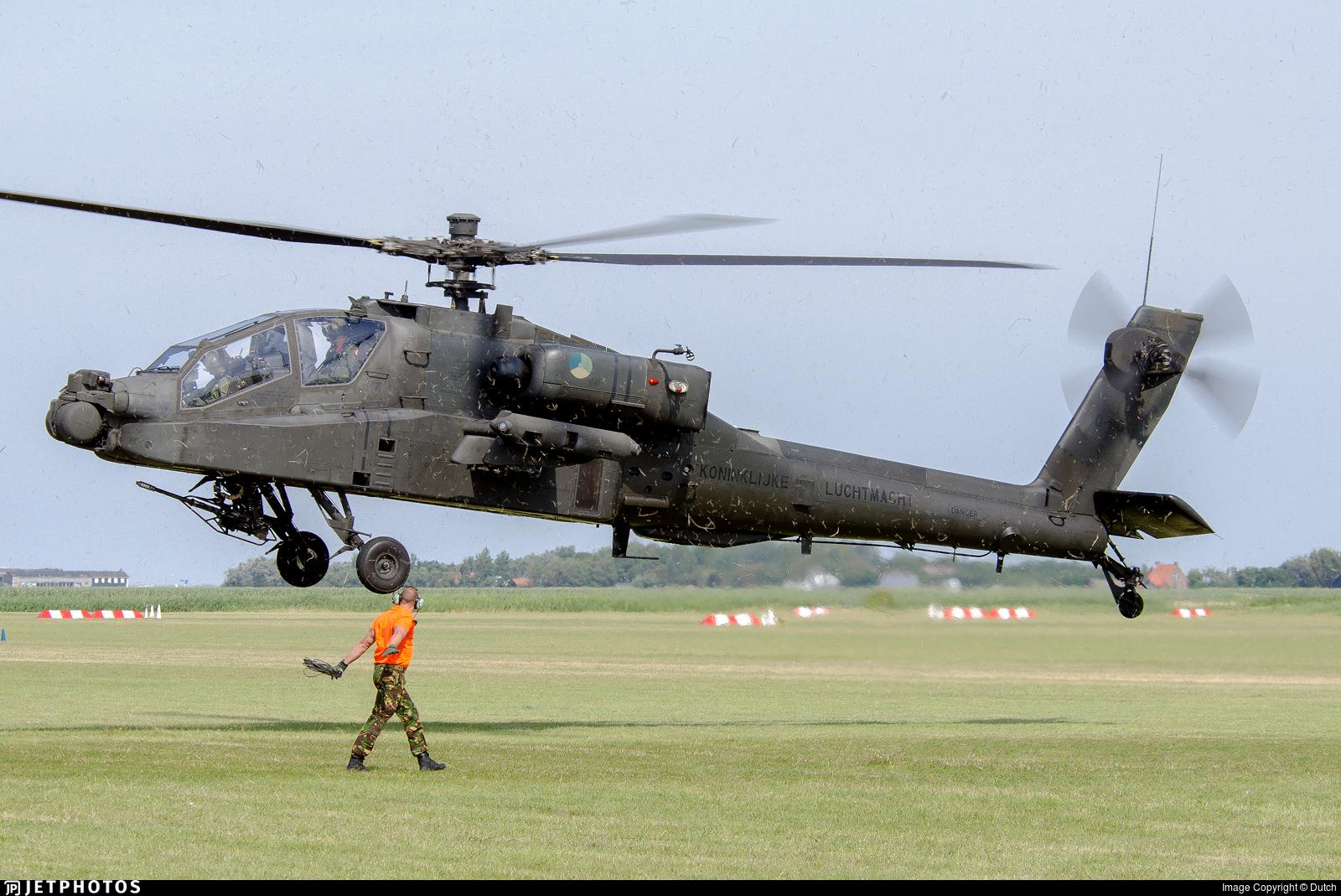 Q-30 - Boeing AH-64D Apache - Netherlands - Royal Air Force