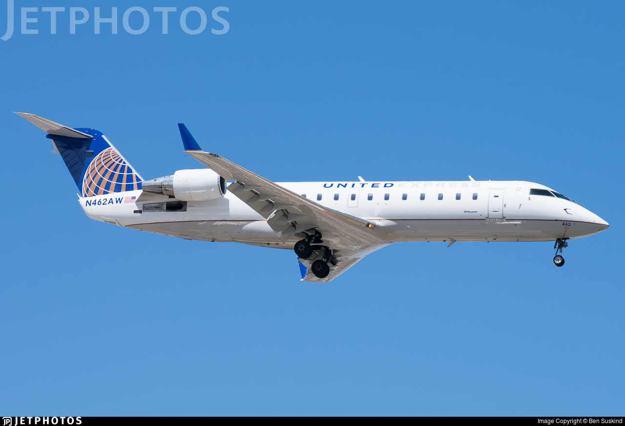 N462AW - Bombardier CRJ-200LR - United Express (Air Wisconsin)