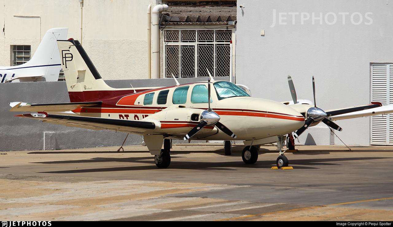 PT-OJB - Beechcraft 58 Baron - Private