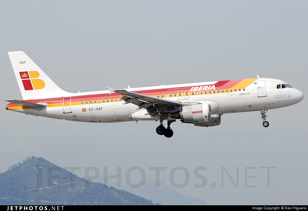 EC-HAF - Airbus A320-214 - Iberia