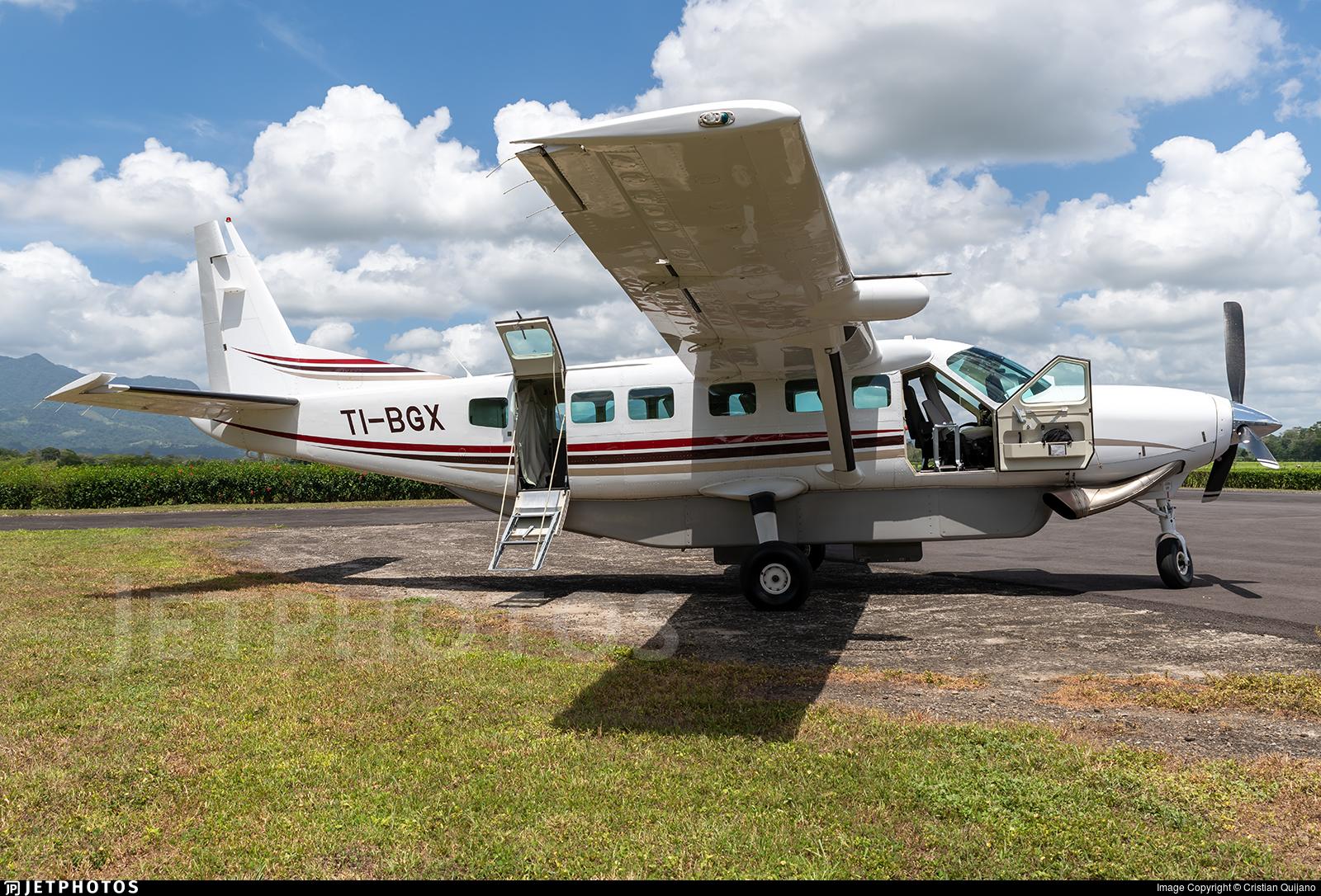 TI-BGX - Cessna 208B Grand Caravan - Prestige Wings