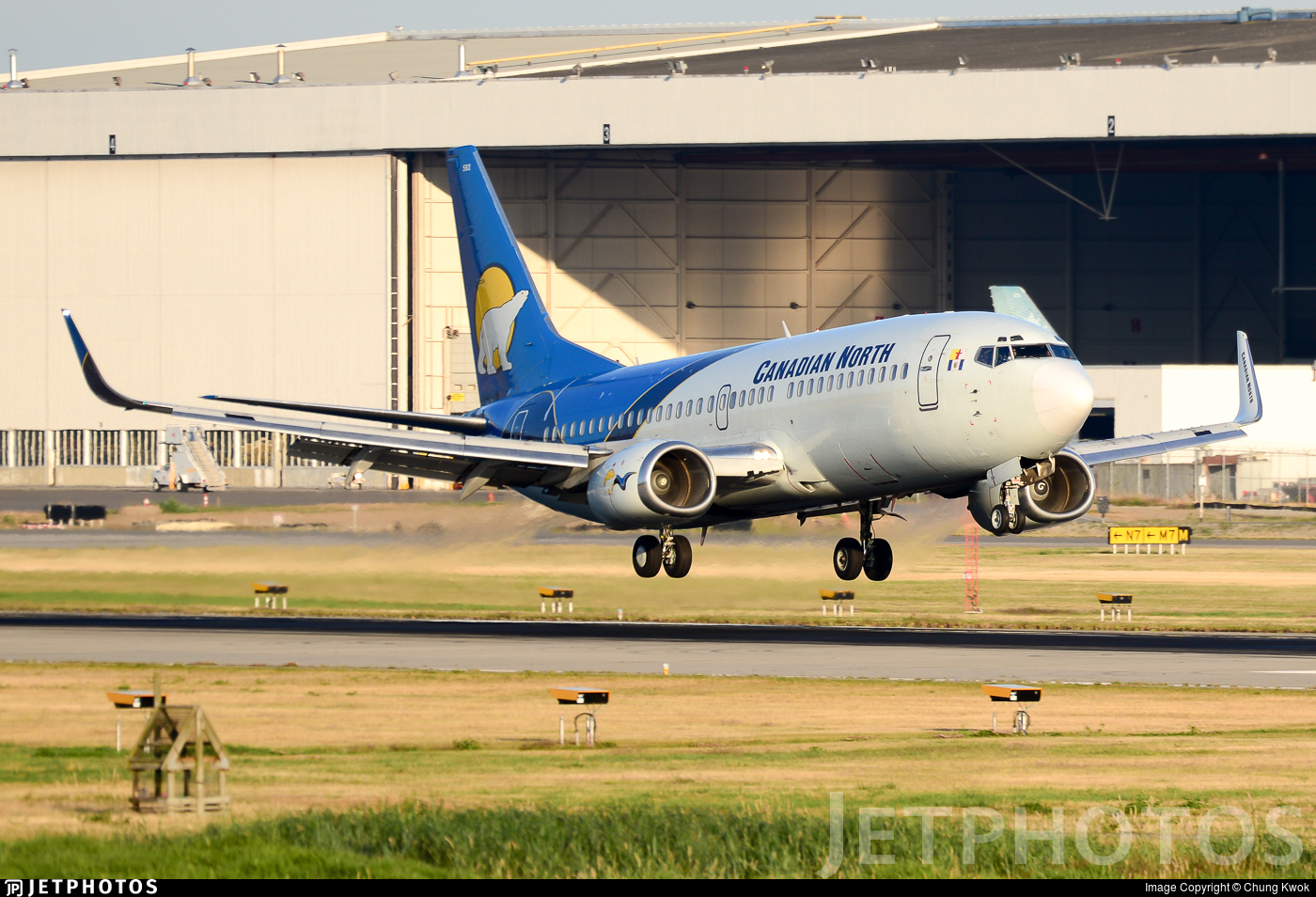 C-GCNU - Boeing 737-36Q - Canadian North
