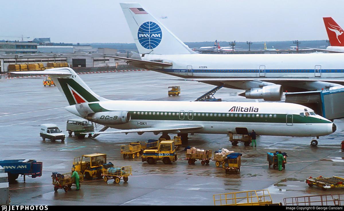 I-DIKY - McDonnell Douglas DC-9-32 - Alitalia