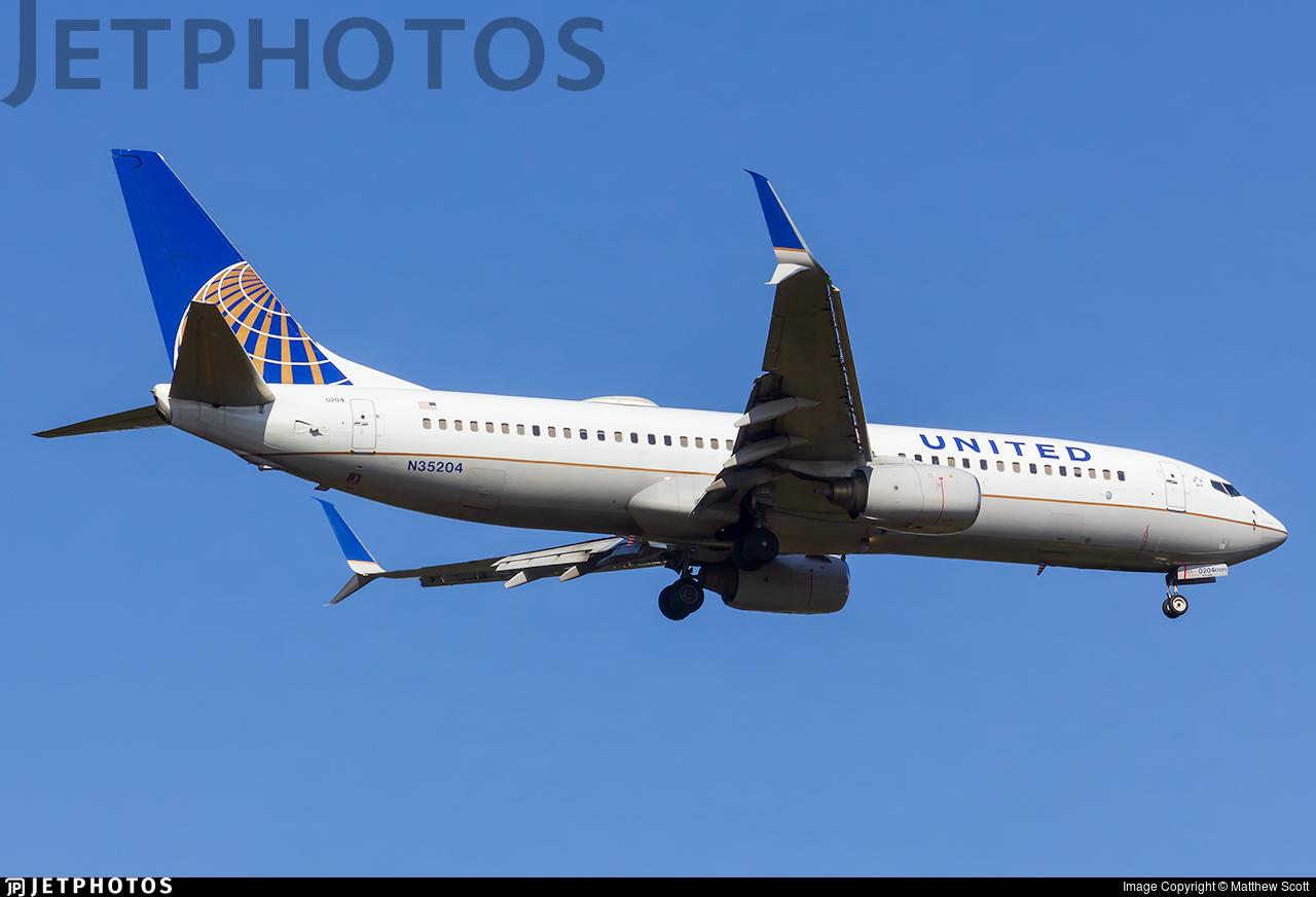N35204 - Boeing 737-824 - United Airlines