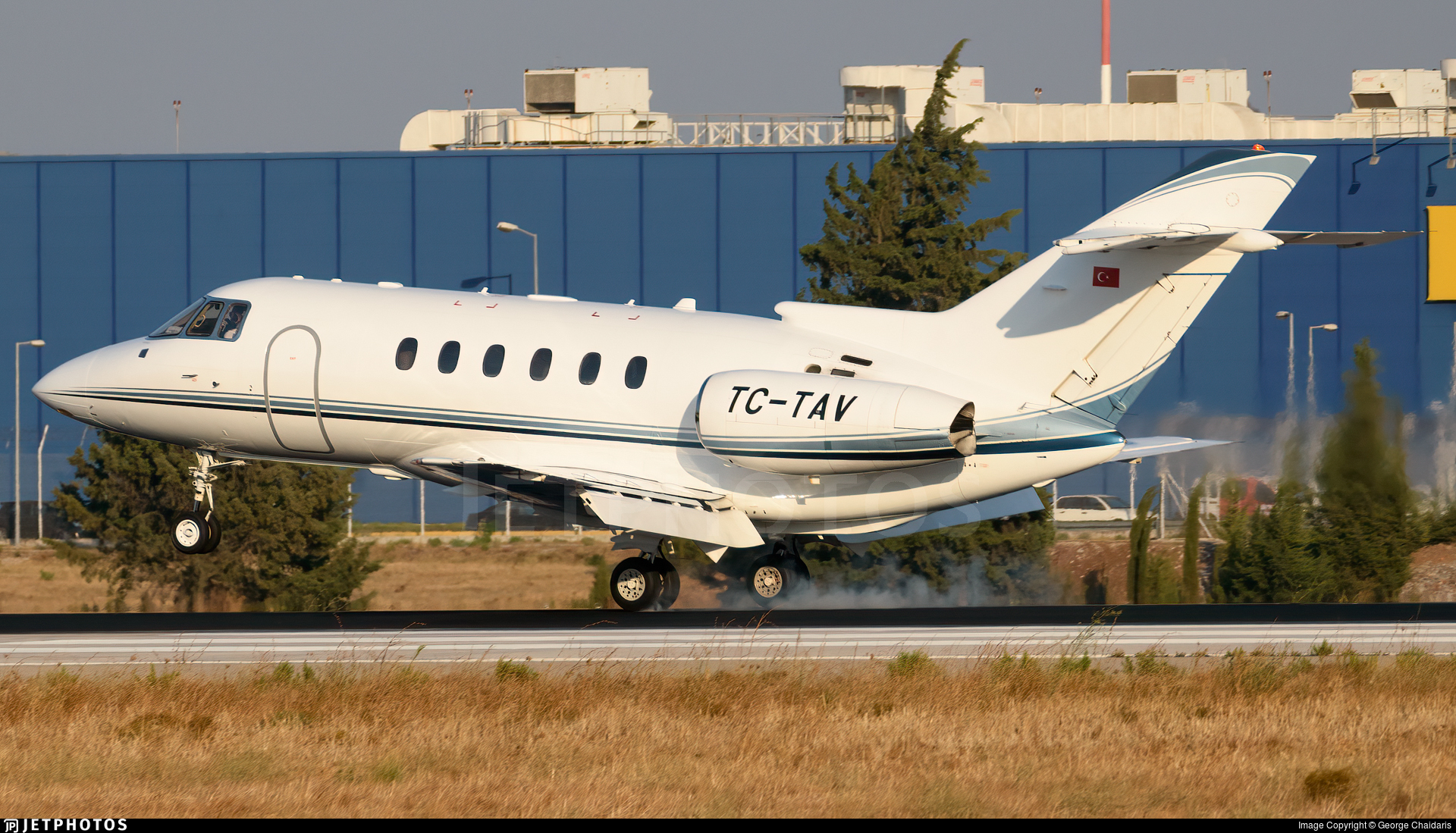 TC-TAV - Raytheon Hawker 800XP - TAV Airport