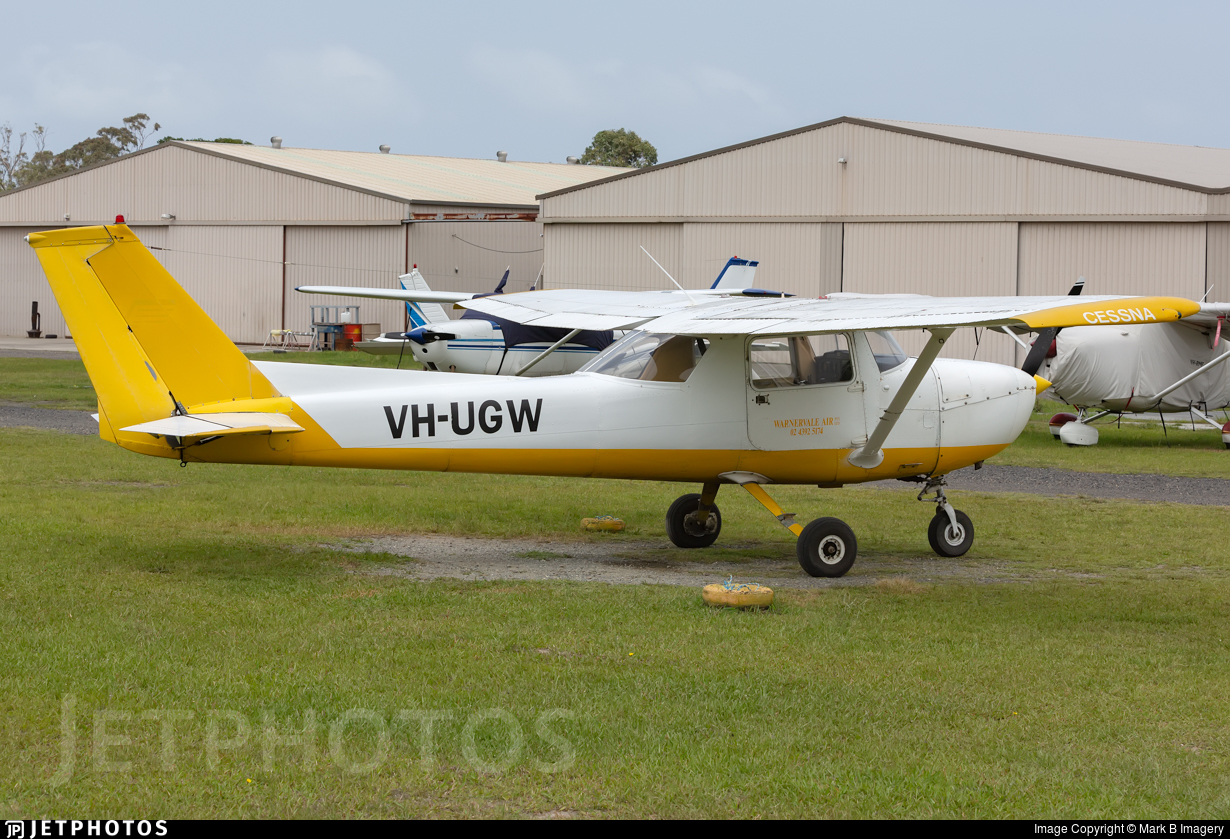 VH-UGW - Cessna 150L - Private