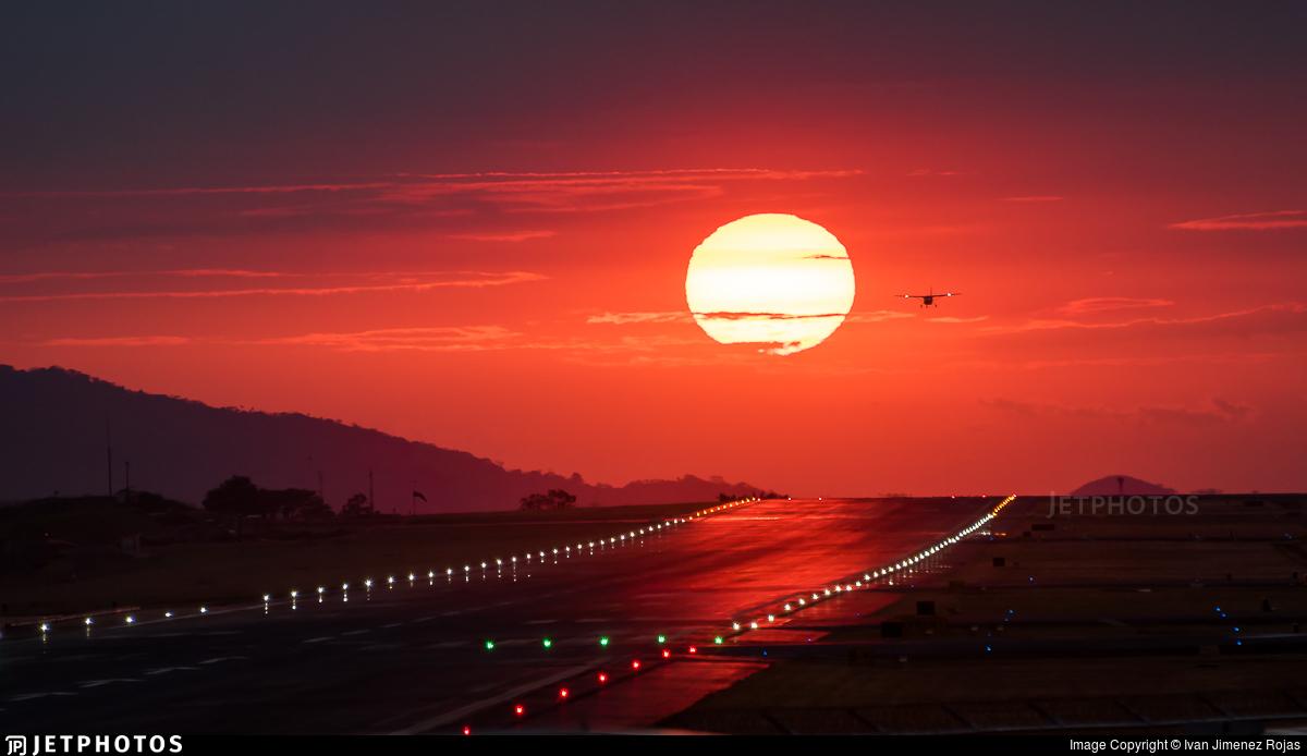 MROC - Airport - Runway