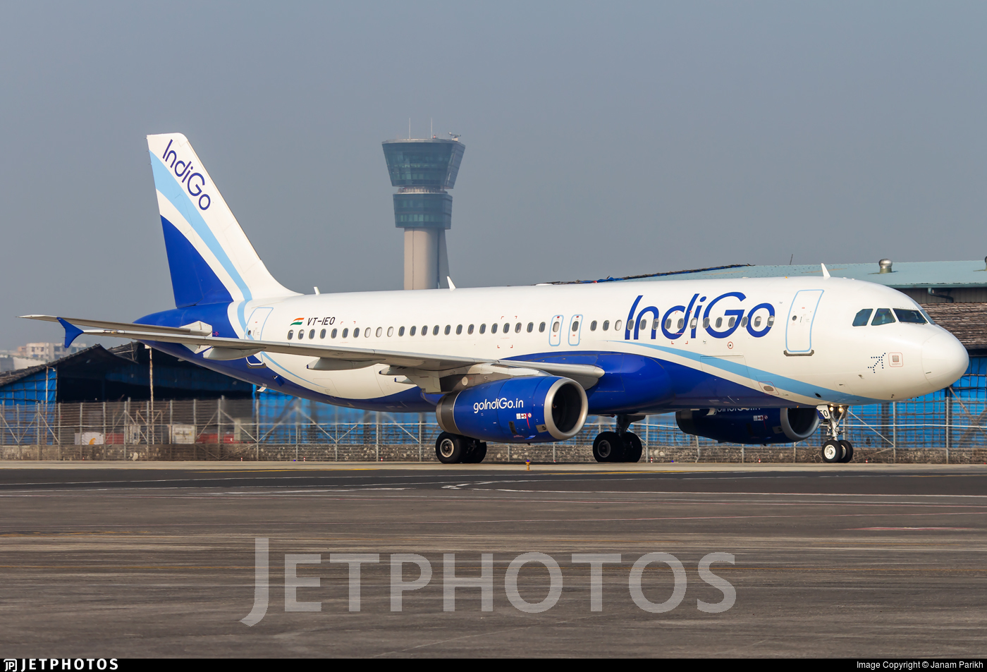 VT-IEO - Airbus A320-232 - IndiGo Airlines