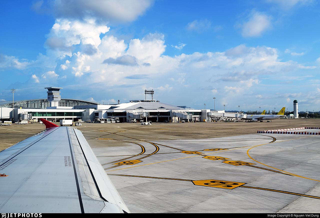 9M-AJY - Airbus A320-216 - AirAsia