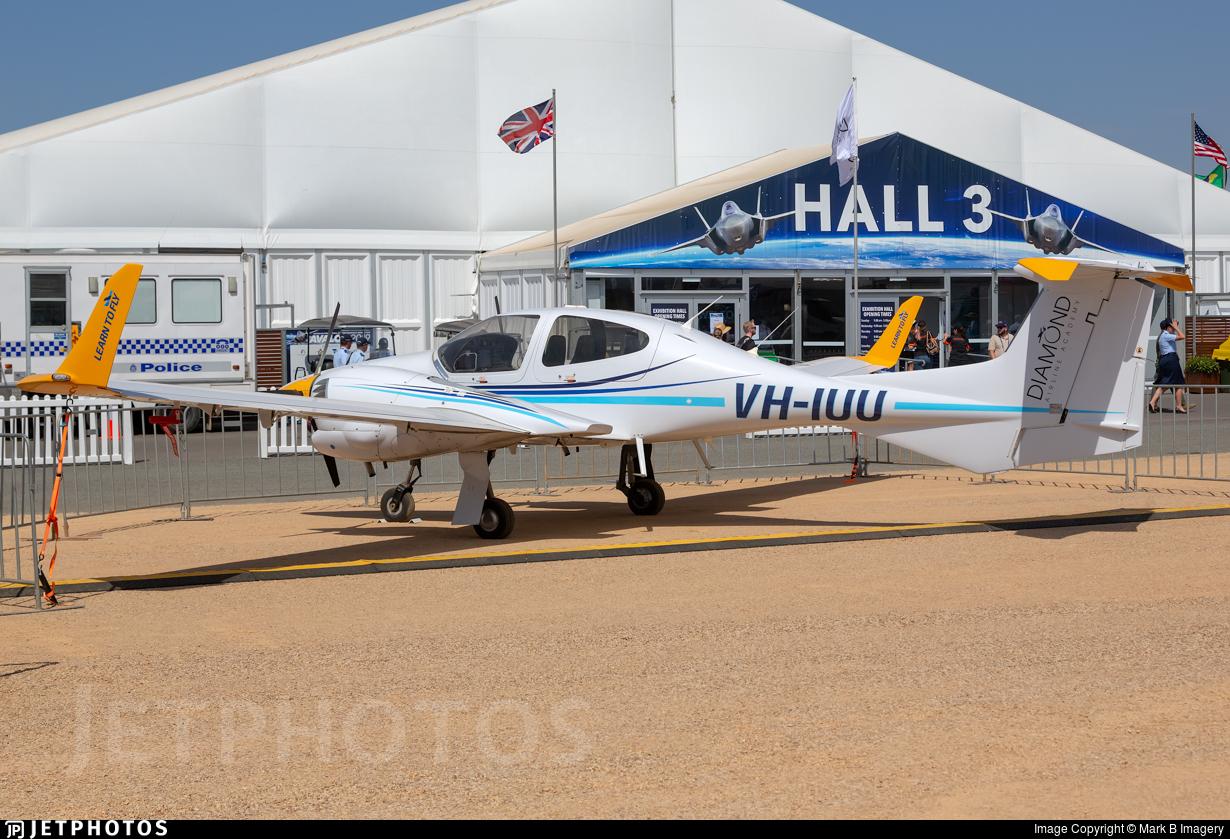 VH-IUU - Diamond DA-42 Twin Star - Learn To Fly Australia