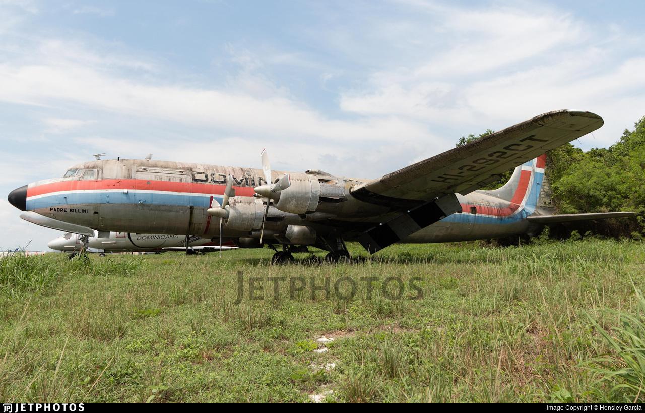 HI-292CT - Douglas C-118A Liftmaster - Dominicana