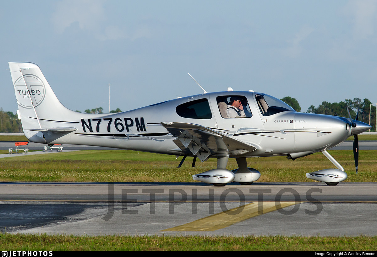 N776PM - Cirrus SR22 - Private