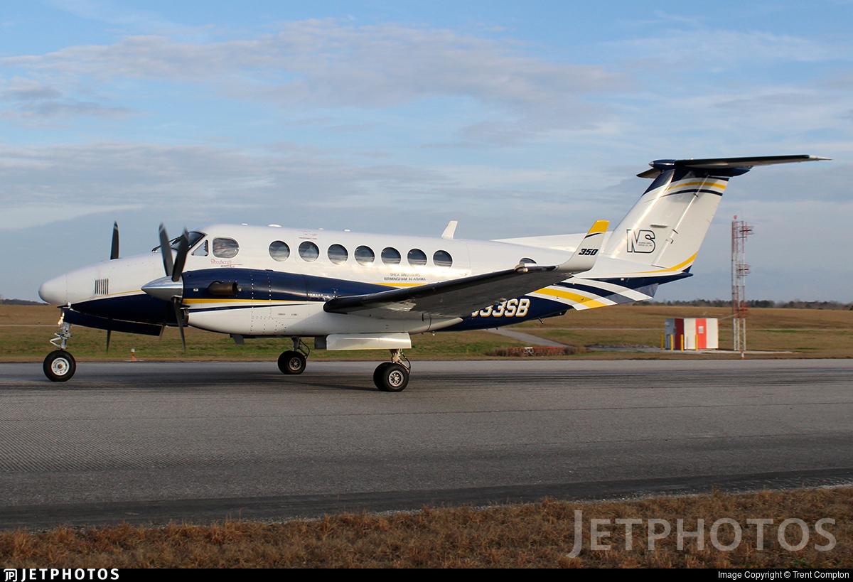 N933SB - Beechcraft B300 King Air 350i - Private