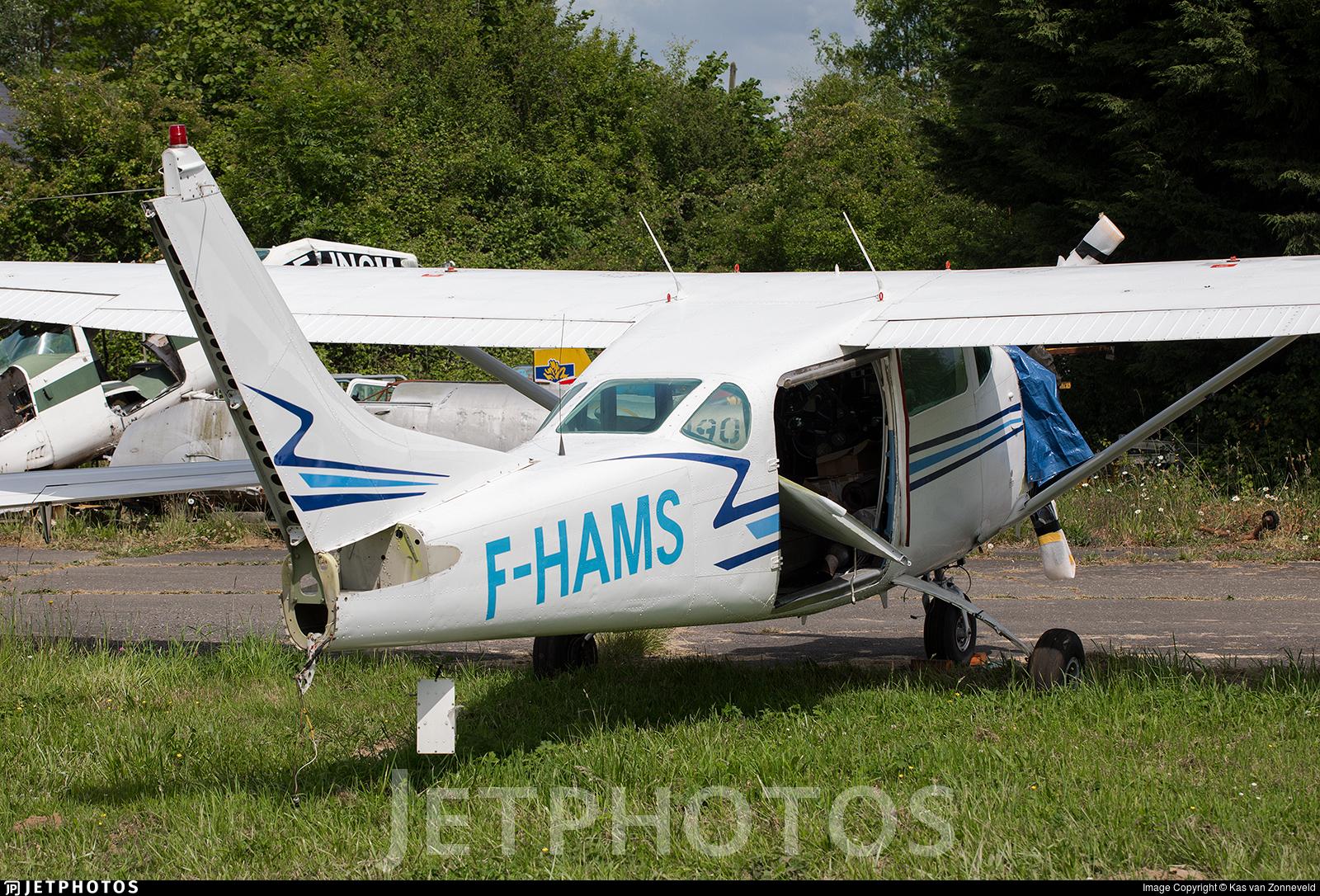 F-HAMS - Cessna U206E Skywagon - Private